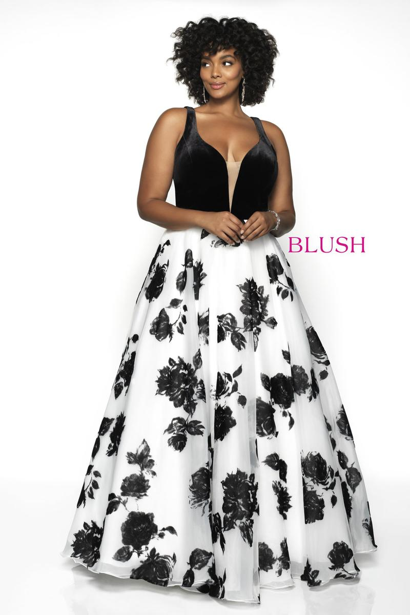 Blush W Plus size Prom 5714W