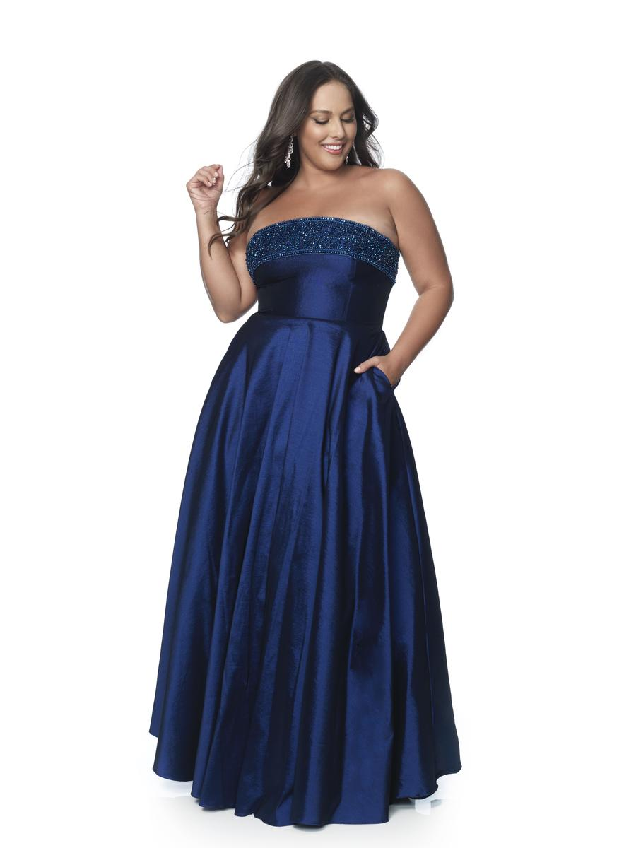 Blush W Plus size Prom 5805W