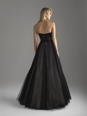 18-600 Black/Nude back