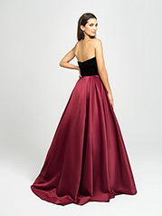 19-155 Black/Burgundy back