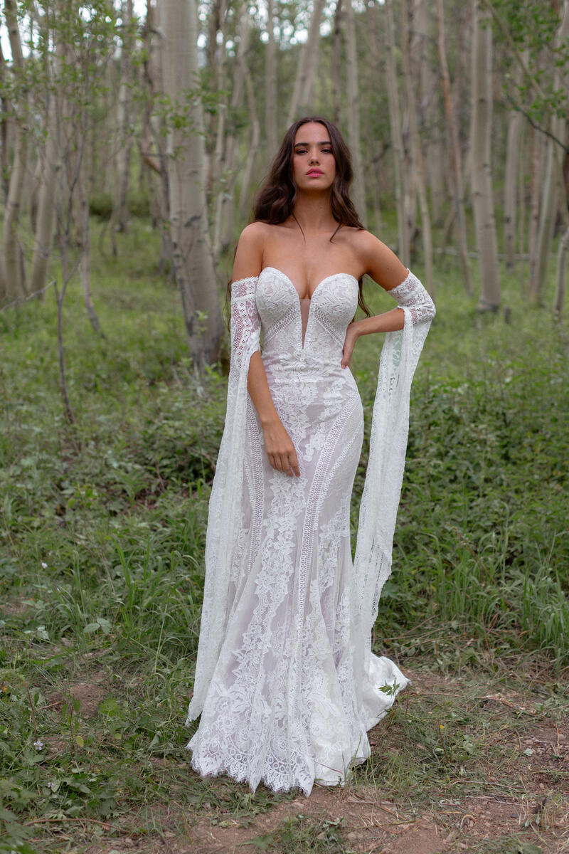 Wilderly Bride by Allure F226SL
