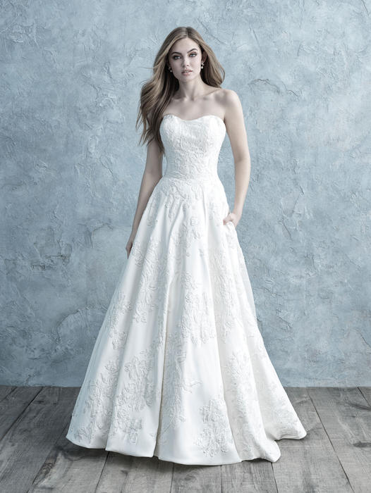 a18d13df The Wedding Bell, Tacoma, WA, Bridal Gowns, Wedding Gowns ...