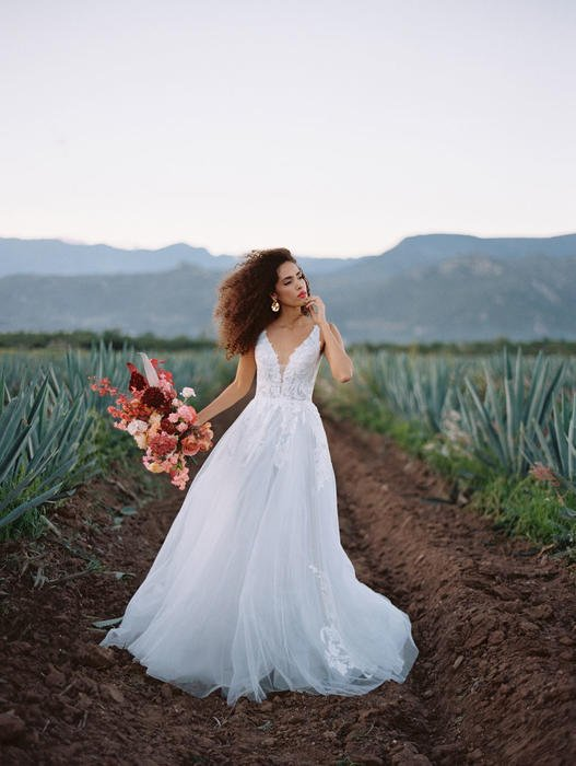 Wilderly Bride by Allure F142