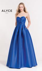 6881 Alyce Paris Prom