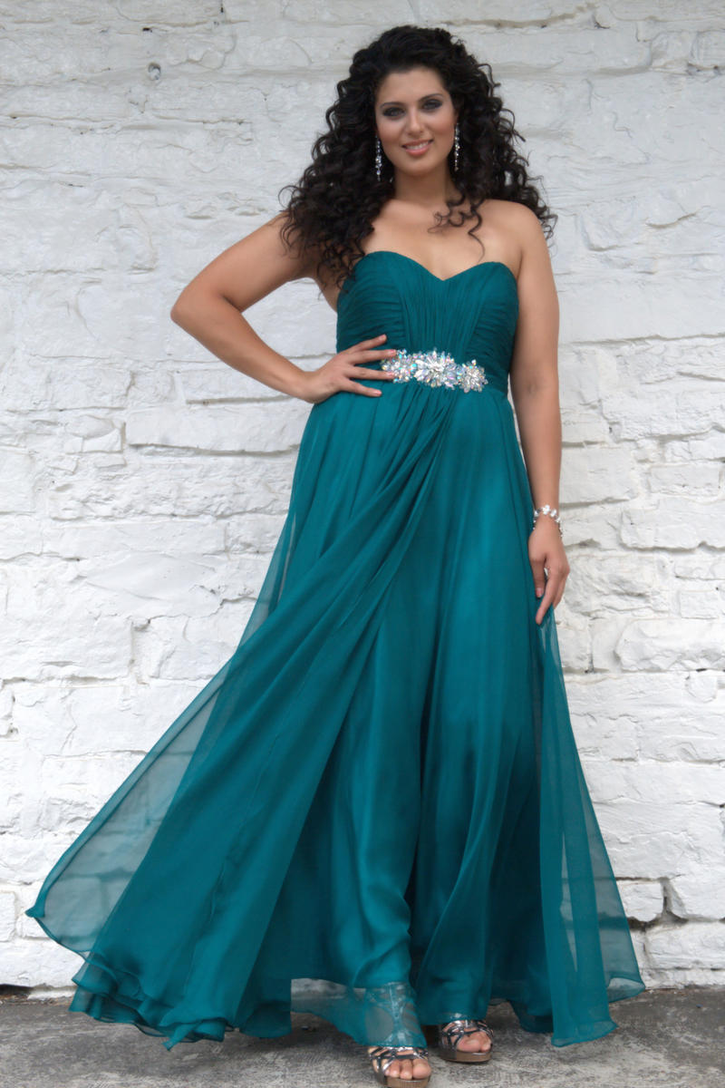 Angela And Alison Long Plus Size Prom 21037w Ziobros Formals