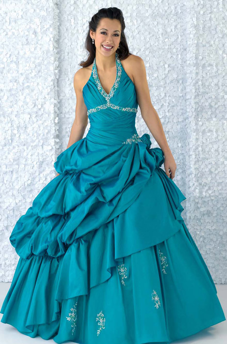 Quincea�era Party Gowns