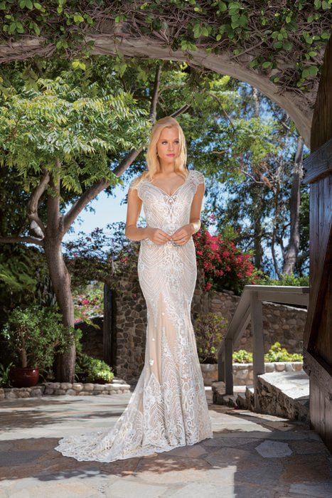 Casablanca - Lace Short Sleeve Bridal Gown