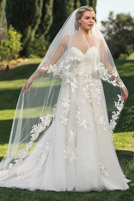 Casablanca - Sweetheart Lace Bridal Gown