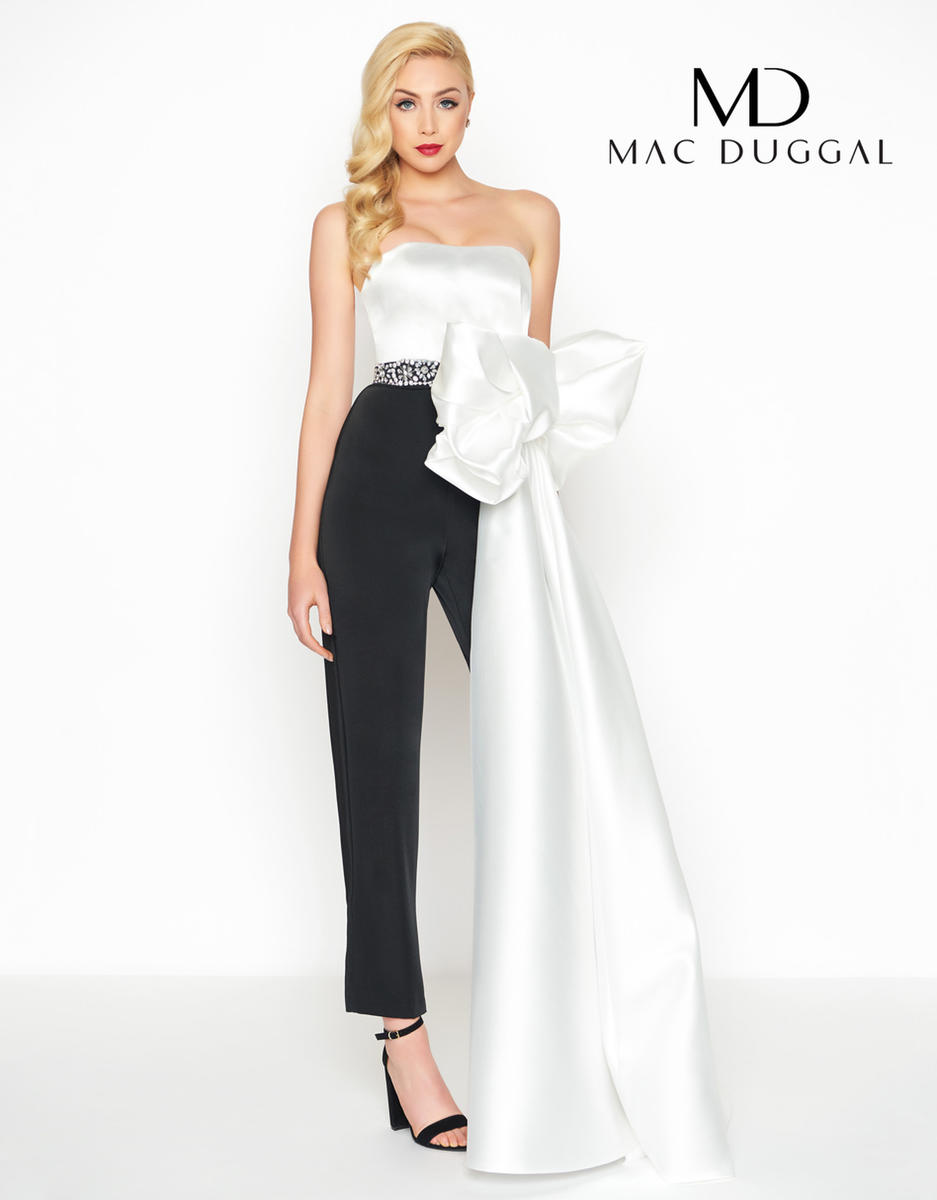Black White Red by Mac Duggal 12111R
