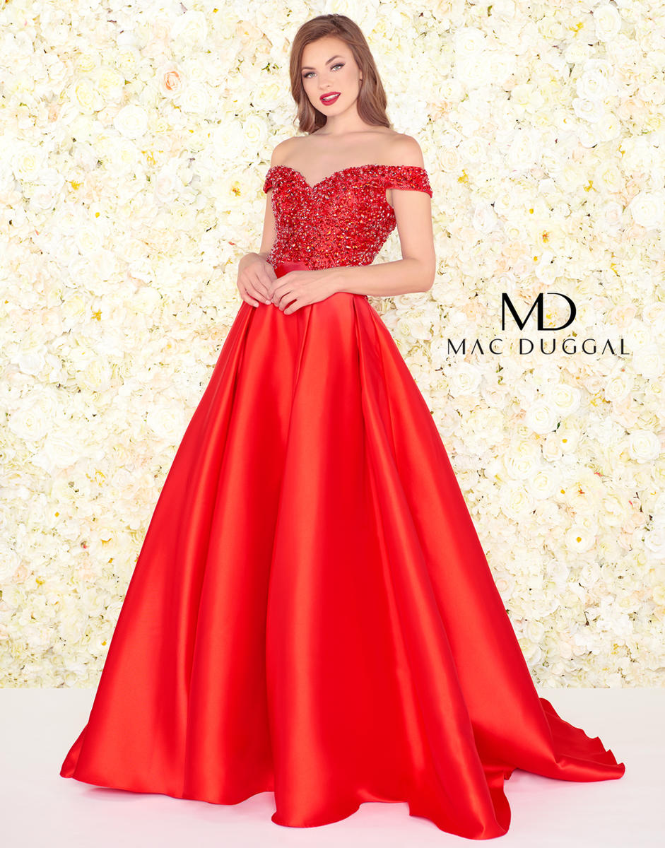 Black White Red by Mac Duggal 62905R