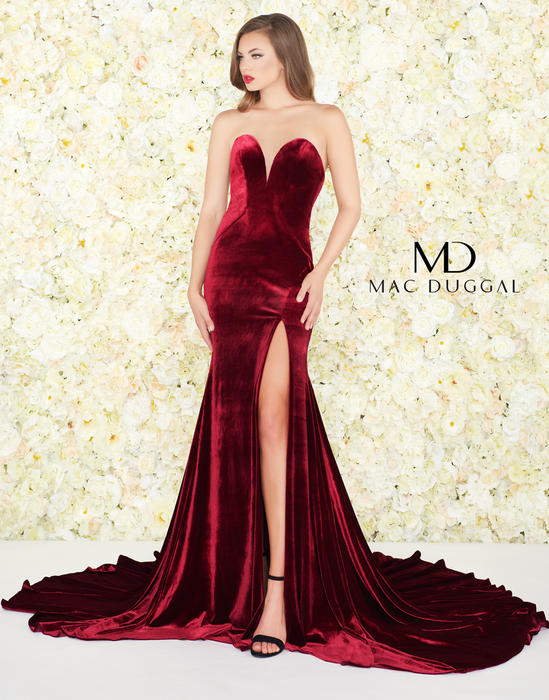Black White Red by Mac Duggal 12079R