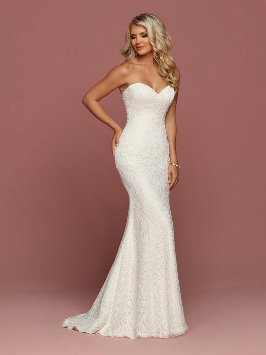 Da Vinci Bridal - Strapless Lace Sweetheart Neckline Sheath Gown