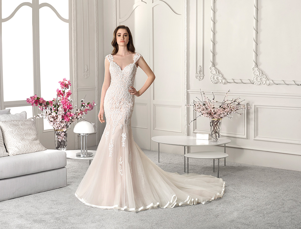 Demetrios Bridal 816
