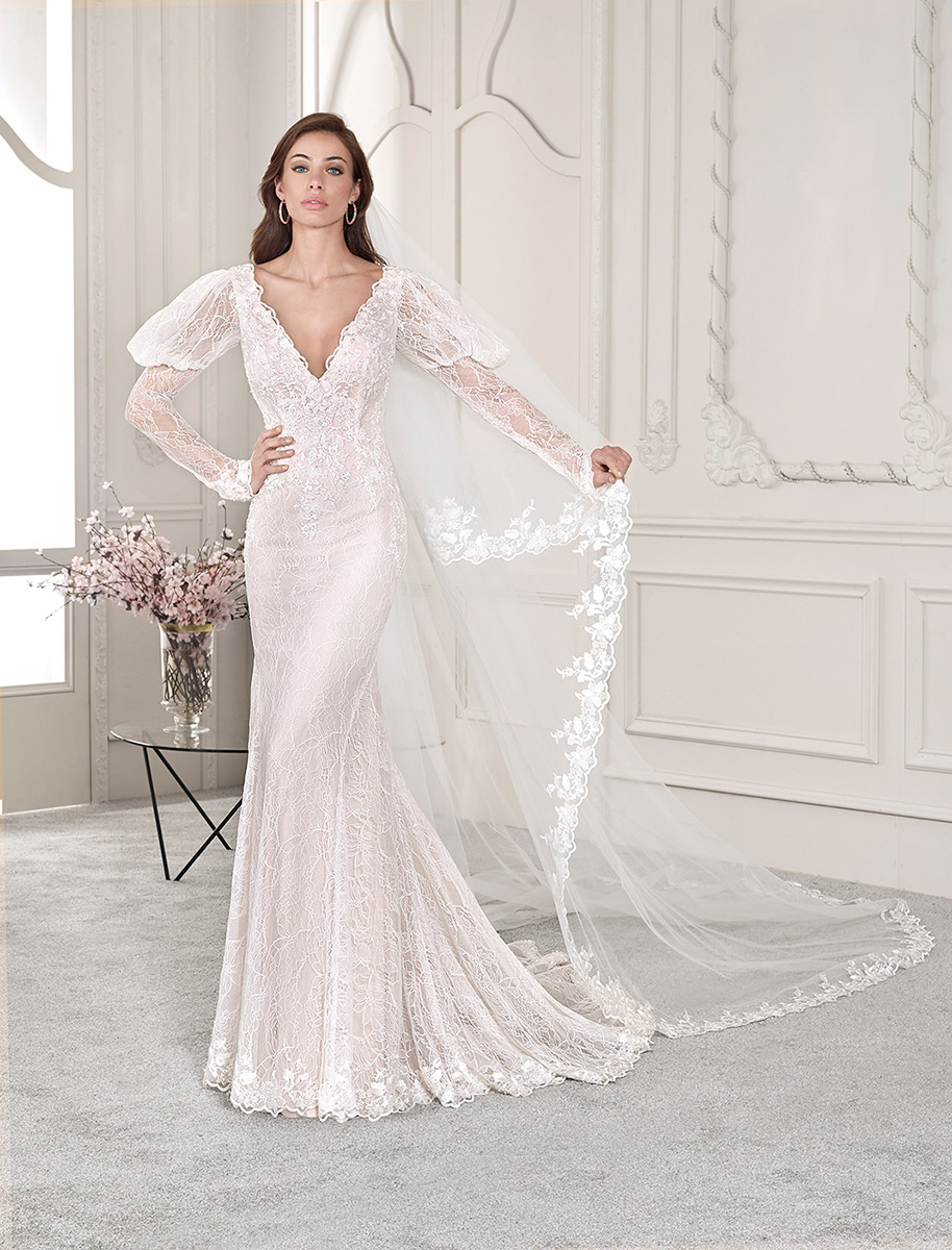 Demetrios Bridal 818