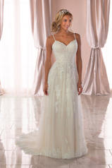 6744 Ivory Lace/Tulle/Almond Gown front