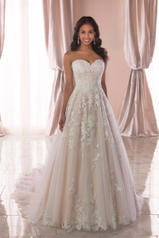 6776 Tulle/Moscato Royal Organza/Moscato Gown front