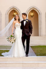 6867 Ivory Gown With Ivory Tulle Plunge front