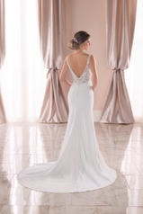 6928 White Silver Lace On White Soft Crepe With Java Tu back