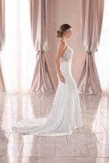6928 White Silver Lace On White Soft Crepe With Java Tu front