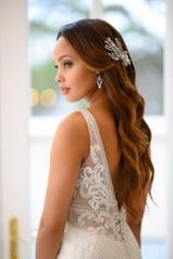 6928 Ivory Silver Lace On Ivory Soft Crepe With Ivory T back