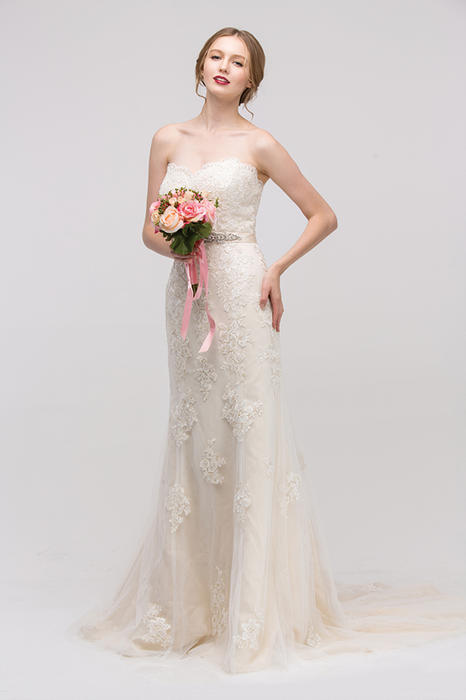 Fashion Eureka - Strapless Embroidered Tulle Sweetheart Gown