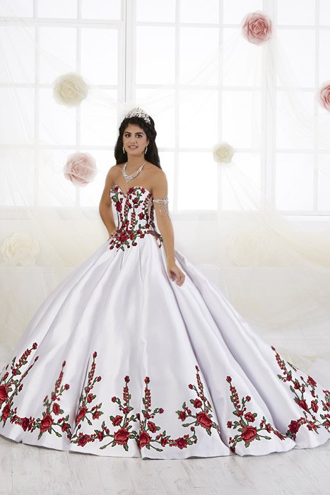 b404ee234fa Quinceanera By House Of Wu Chique Prom