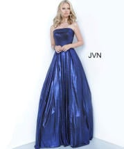 JVN2392 Royal front