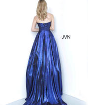 JVN2392 Royal back