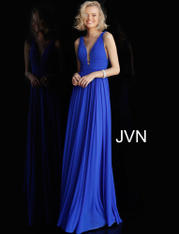 JVN52179 Royal front