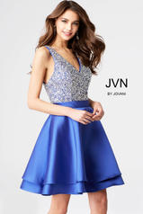 JVN54740 Royal front