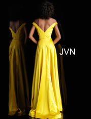 JVN67752 Yellow back