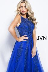 JVN59046 Royal detail