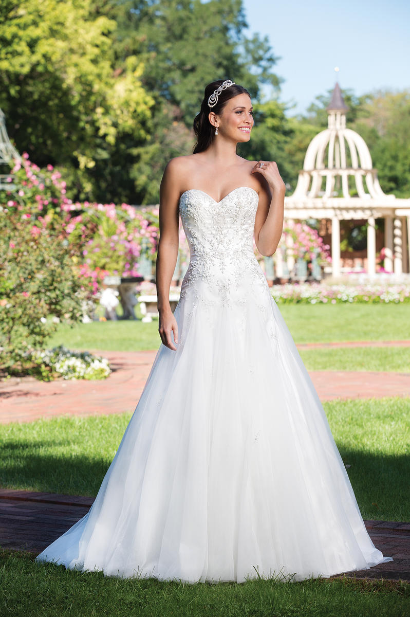 Sincerity Bridal 3917