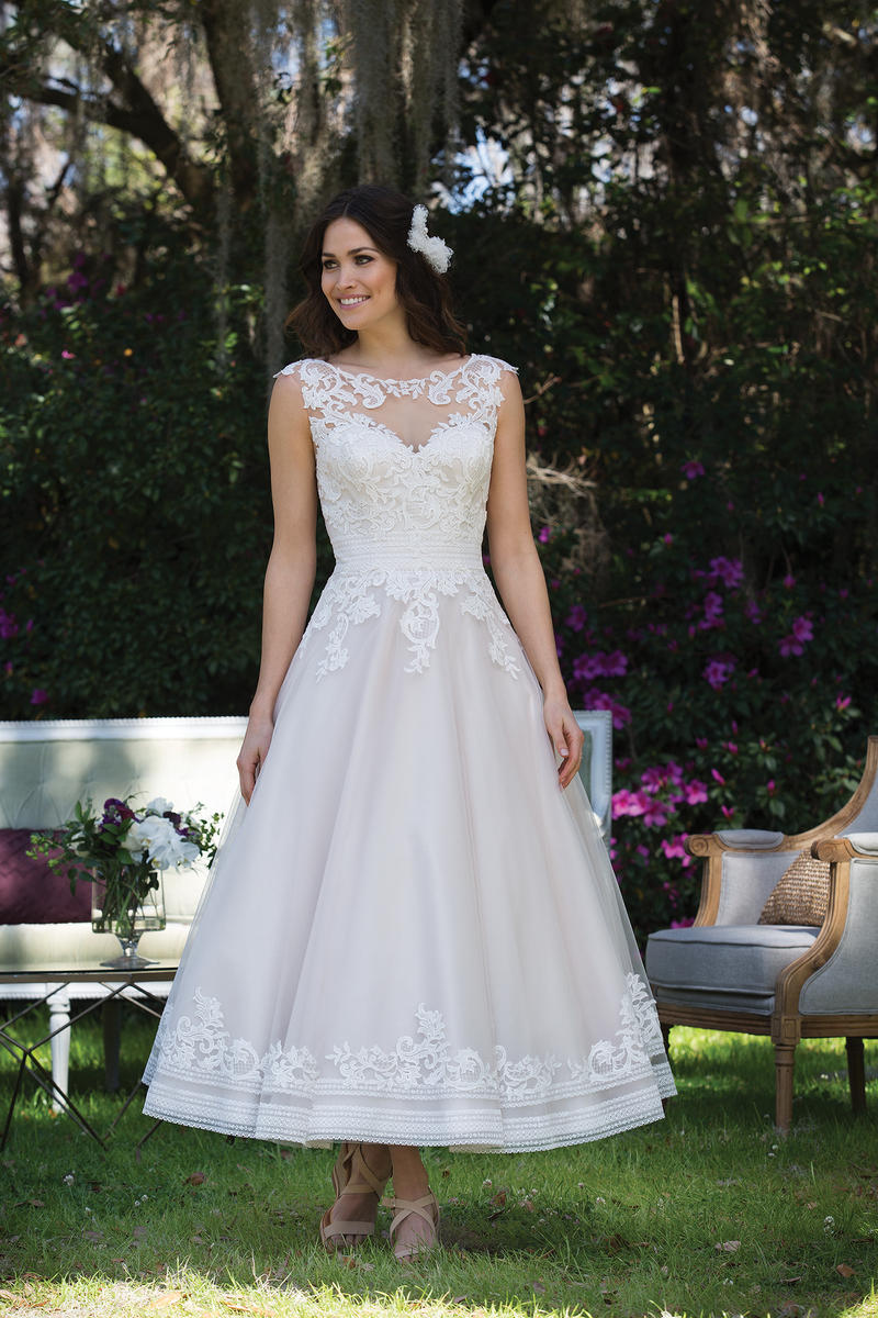 Sincerity Bridal 3935