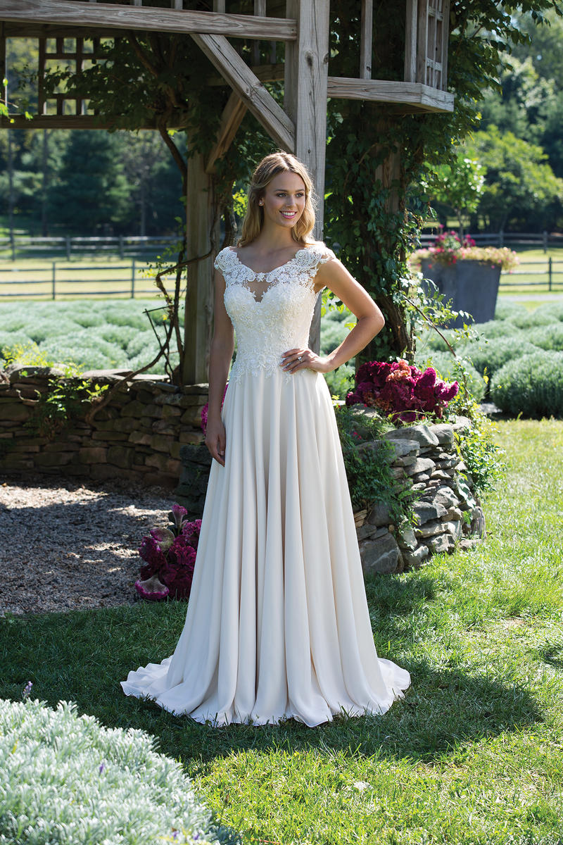 Sincerity Bridal 3983