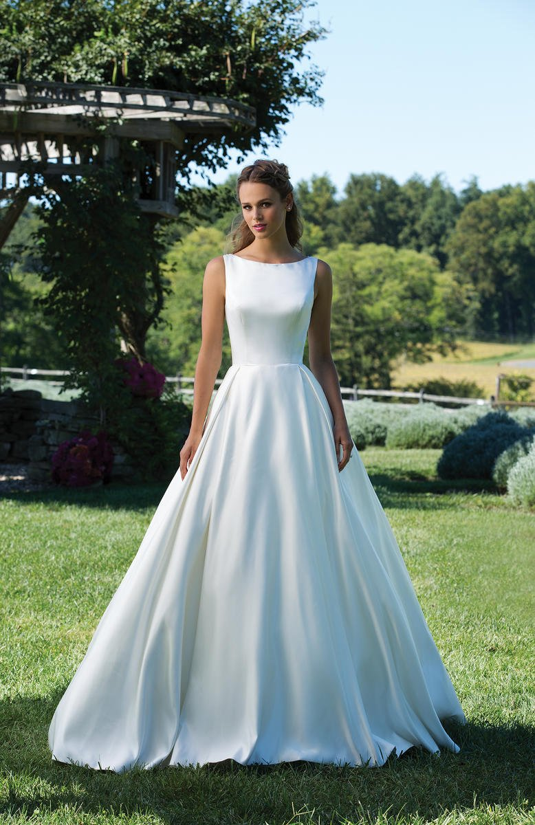 Sincerity Bridal 3987