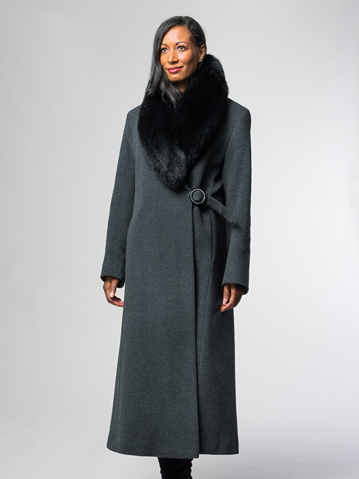 Cashmere Coat With Black Fox Collar
