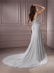 Ryshia-R1136 Ivory/Silver Accent back