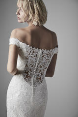 20SC252 Ivory Gown With Nude Illusion detail