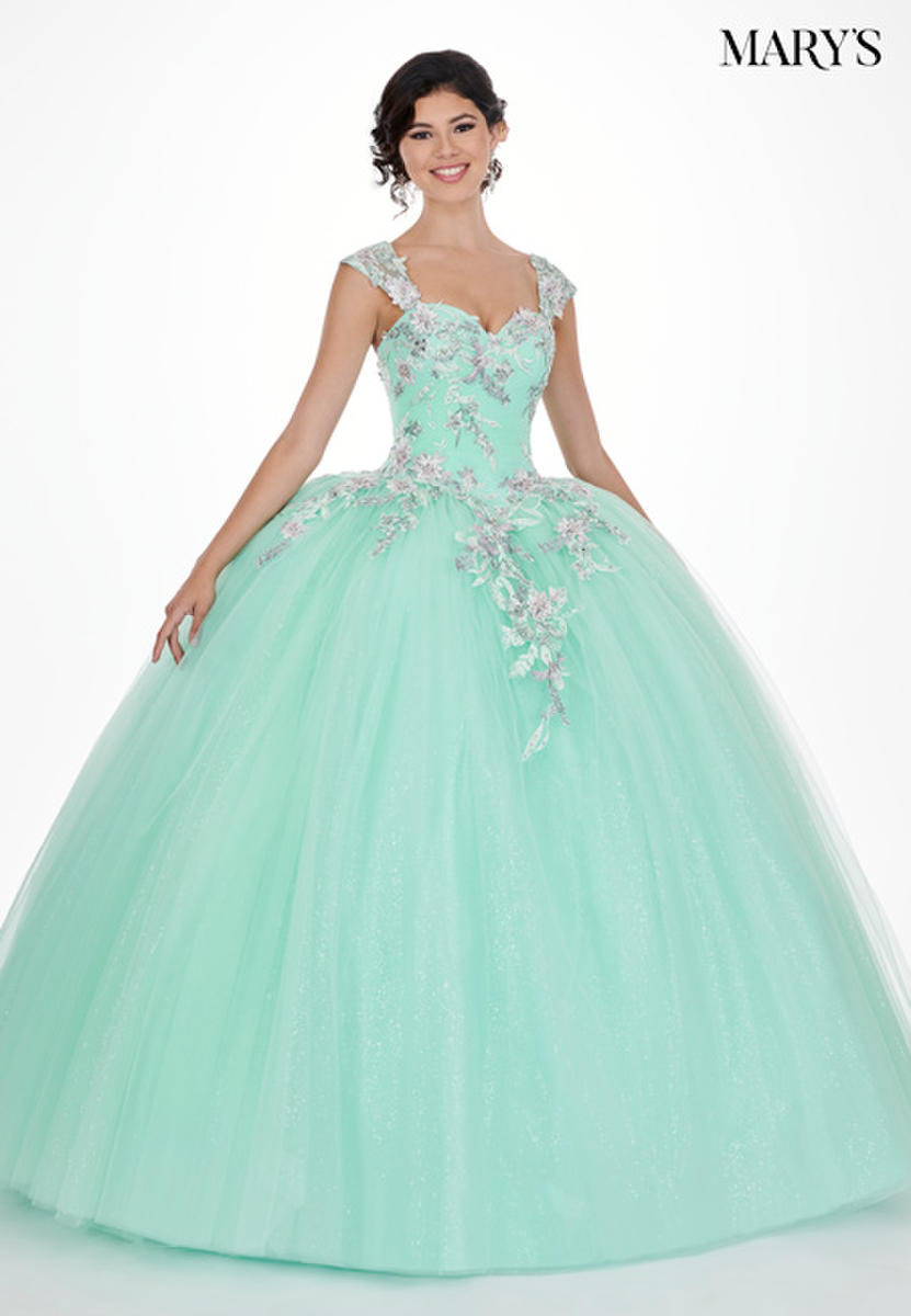 Mary's Quinceanera MQ2067