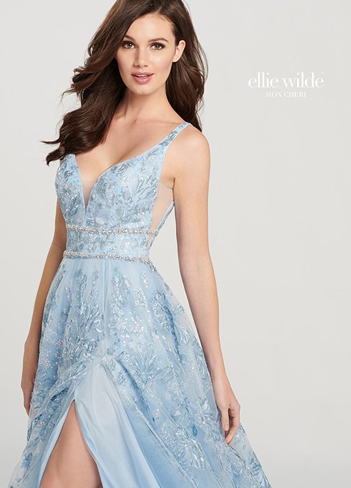 Mon Cheri - Embroidered Lace Gown V-Neckline Side Slit