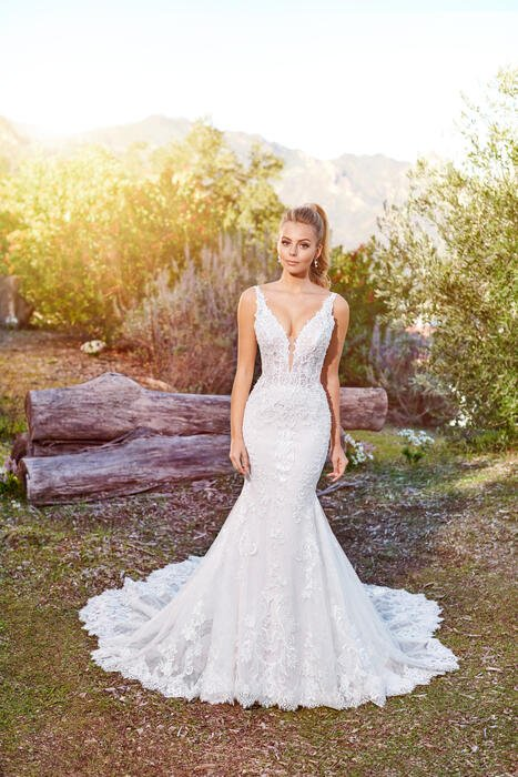 Alizia-Martin Thornburg for Mon Cheri Bridal