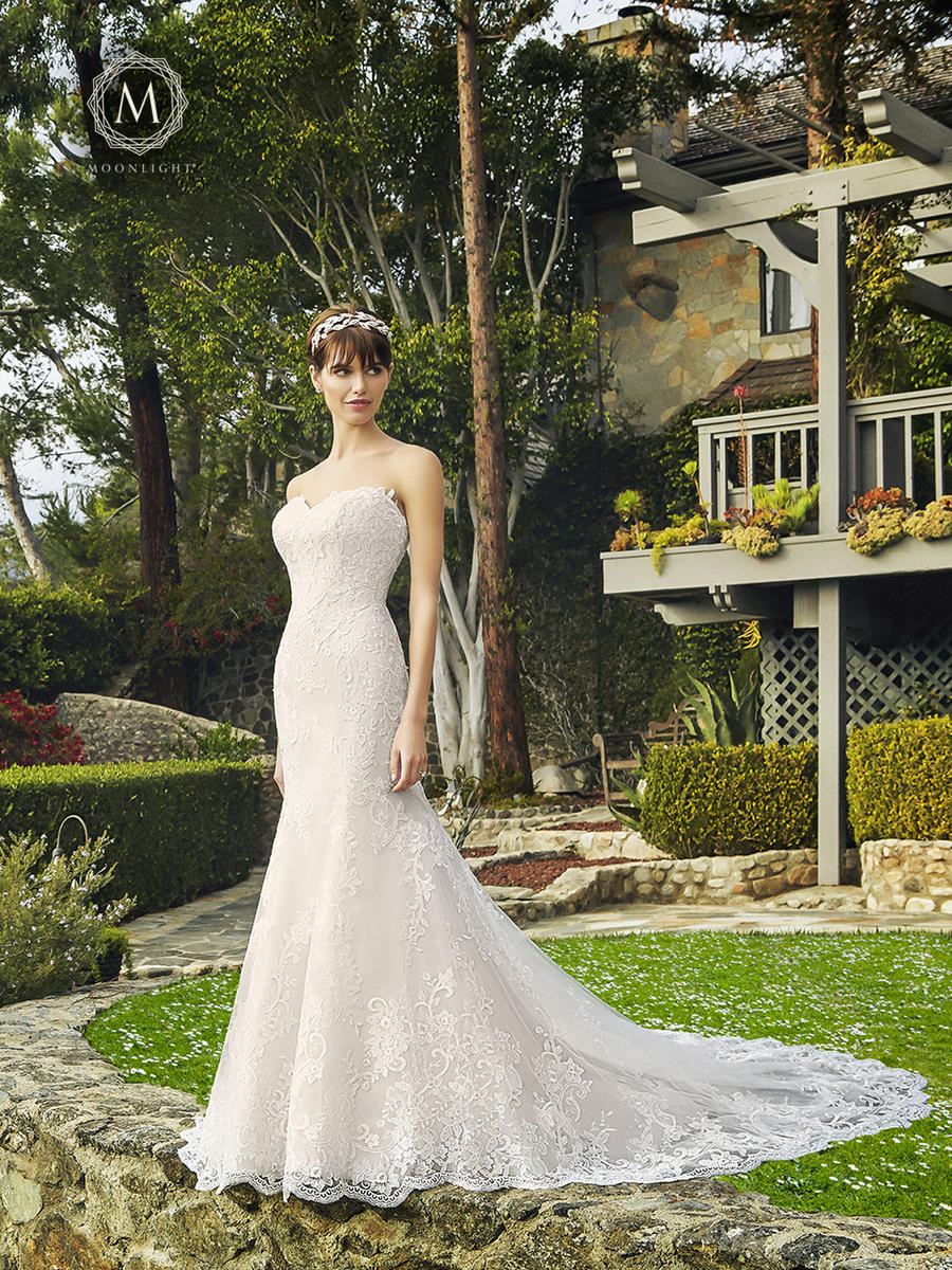Moonlight Bridal Collection J6509