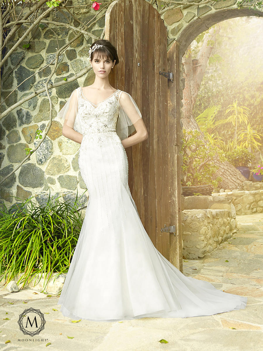 Moonlight Bridal Collection J6511