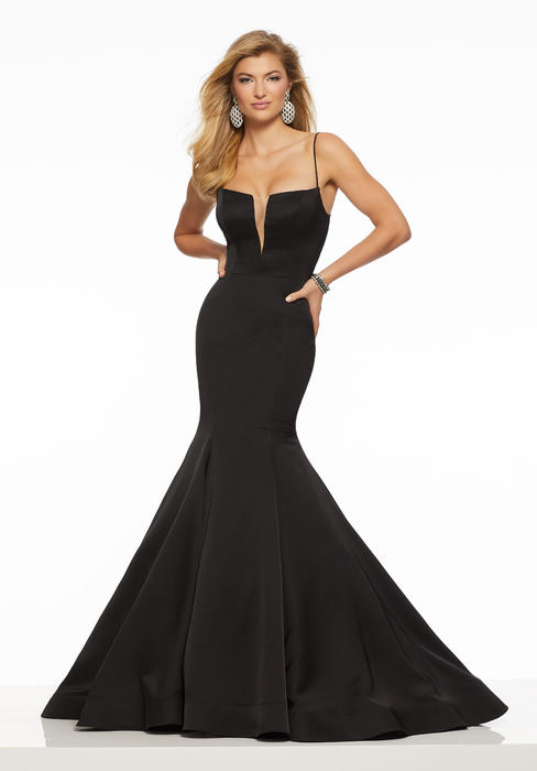 Morilee - Low V-Neckline Jersey Mermaid Gown