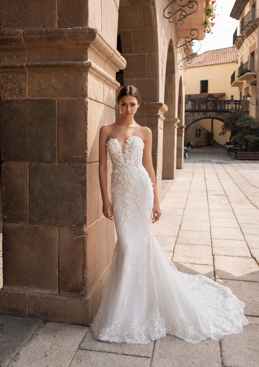 Pronovias Fashion AETHRA