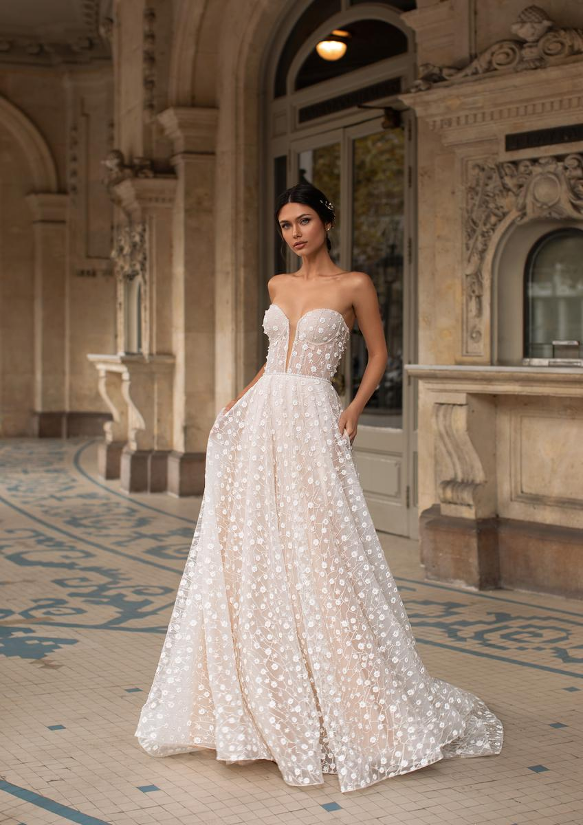 Pronovias Fashion HOPKINS