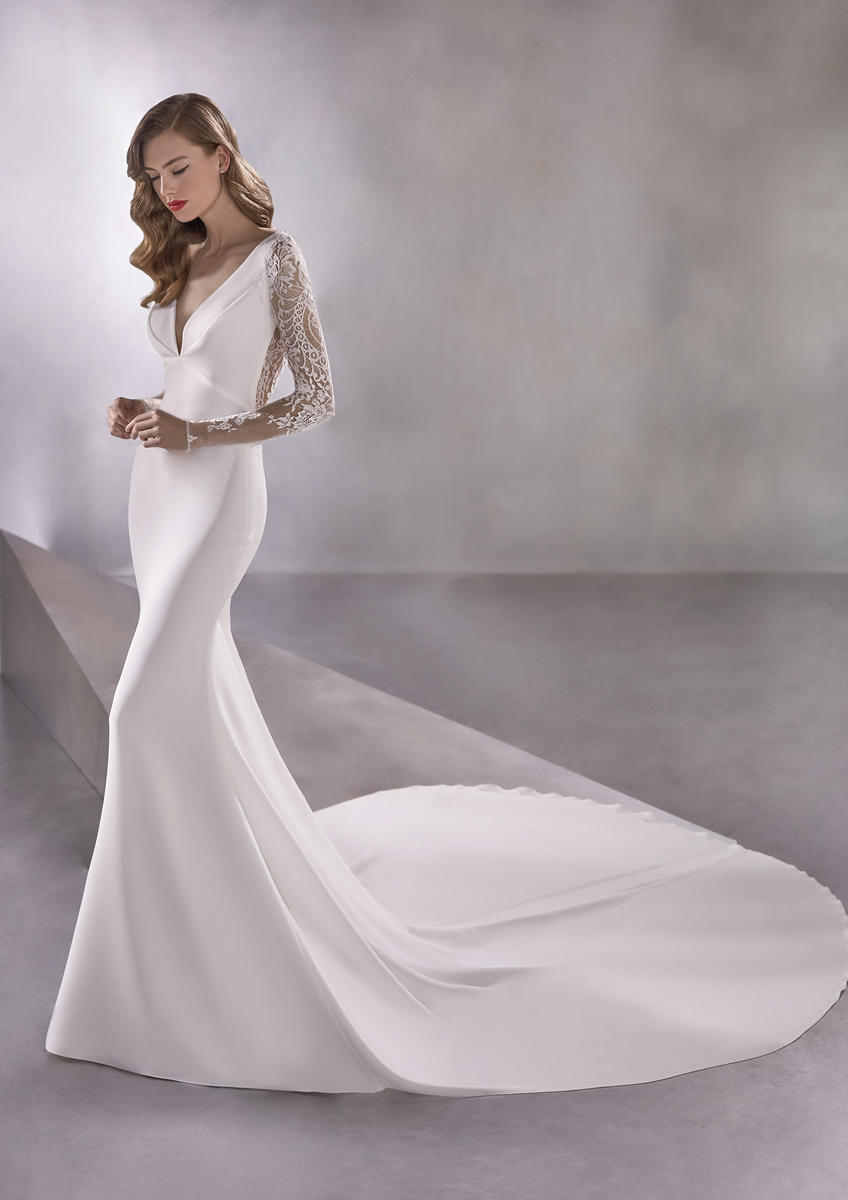 Pronovias Fashion SPACEGIRL