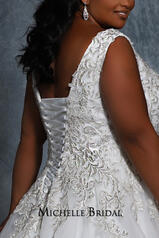 MB2115 Ivory/Champagne back