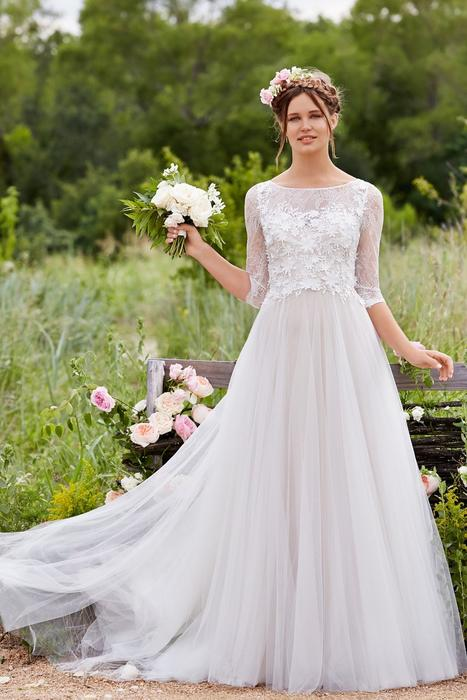 Wollowby Bridal Style - Amelie